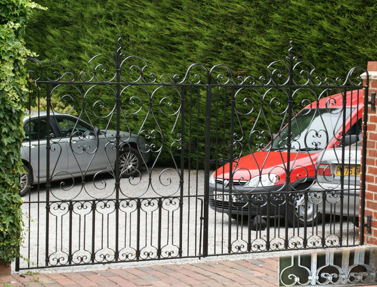 Wrought iron gates 4